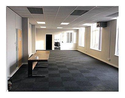 interior020.jpg
